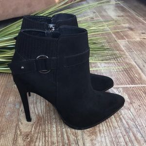 Forever 21 black ankle booties sz 8